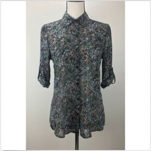 NWT Socialite Blouse Button Front Shirt Roll Tab